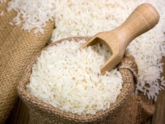 calorias que aporta el arroz blanco