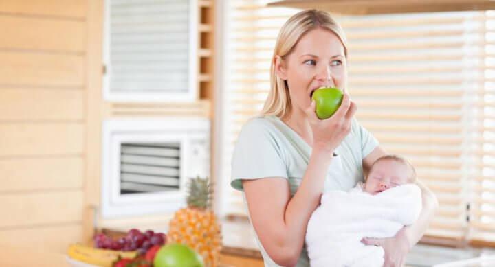 cuantas calorias tiene que consumir una mujer lactante