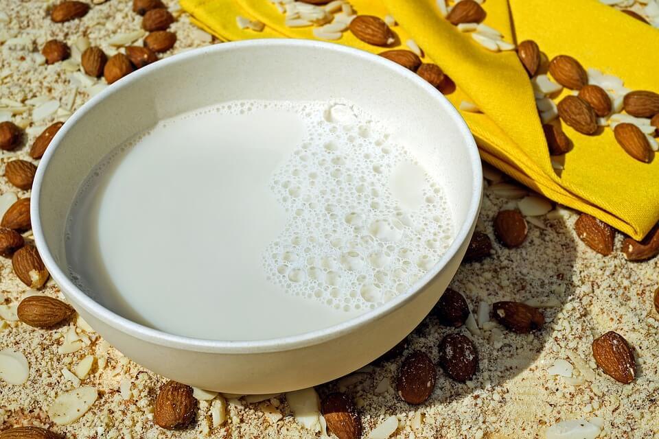 Cuantas calorias tiene un vaso de leche con colacao