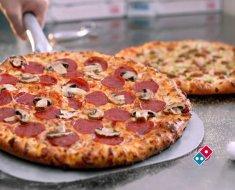 ¿Cuántas calorías puede tener una pizza mediana?
